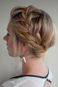 Hair-Romance-30-braids-30-days-28-the-French-braided-crown